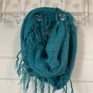 Accessories - Teal aqua knit Infiniti scarf with fringe